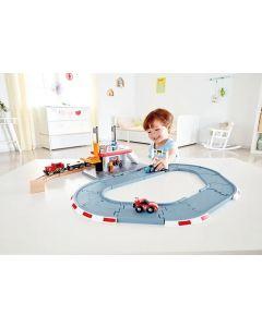 Race Track and Rail Station 31pcs